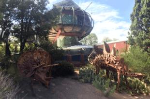 Prince Bart's Spaceship House